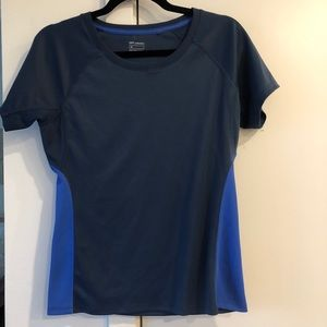 Uniqlo Athletic Dry Shirt